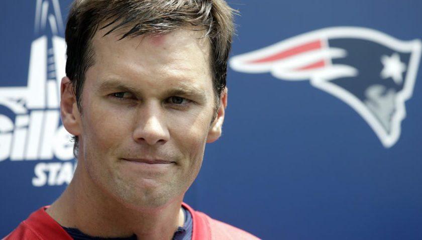 Tom Brady makes surprise visit to BC football
