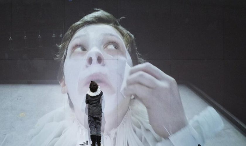 Can 'Hamnet' move theatergoers? It's not to be.