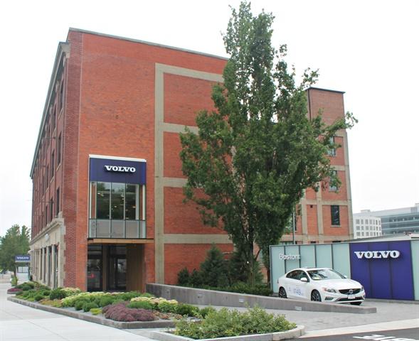 Boston Volvo Celebrates Grand Opening of New Flagship Store
