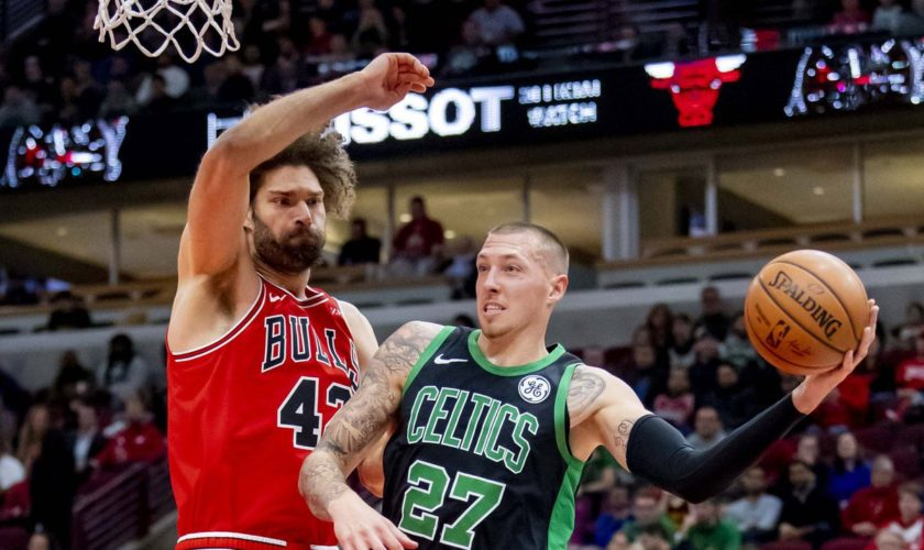 Daniel Theis starts/dominates and 9 other takeaways from Celtics/Bulls