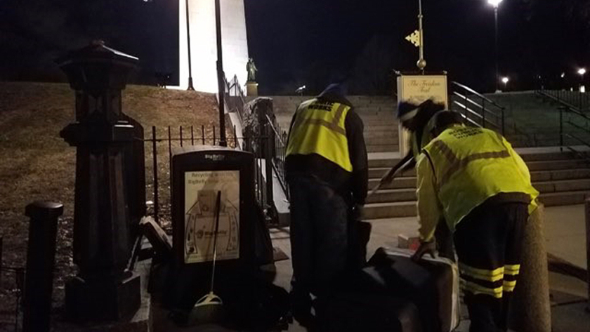 Boston Steps Up To Clean Neglected Federal Monuments During Shutdown