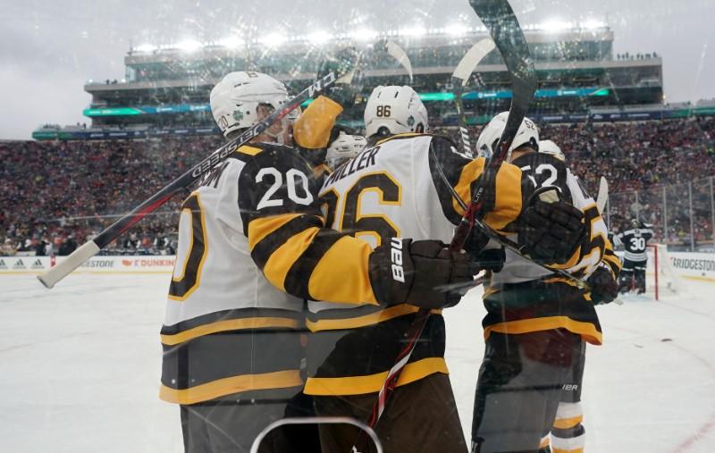 1bf414e4312 NHL roundup  Bruins best Blackhawks in Winter Classic - Purely Boston