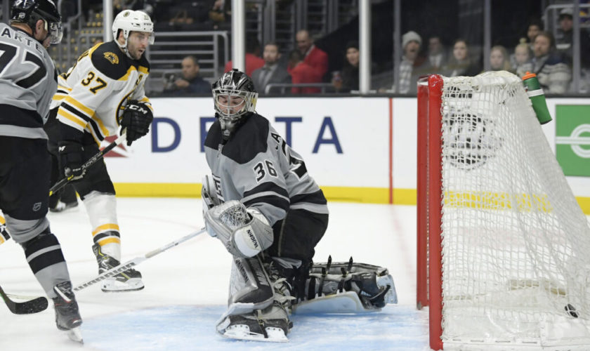 Bruins push past Kings for 5th straight win