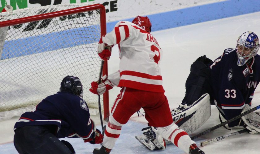 UConn Men's Hockey's Playoff Hopes Shattered With 2-0 Loss to Boston University