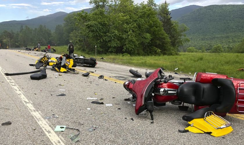 'We all feel it': Motorcyclists mourn death of 7 in N.H. crash
