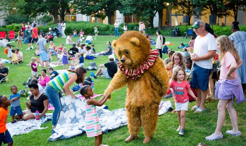 These Summer Activities Around Boston Are Fun, Family-Friendly, And Completely Free